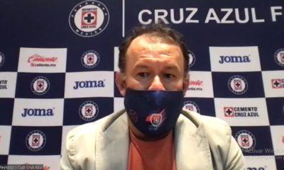Juan Reynoso con Cruz Azul. Foto: Twitter