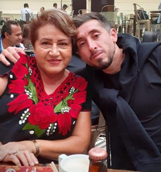 Murió la madre de Héctor Herrera. Foto: Twitter