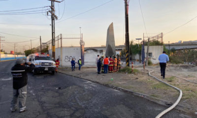Alertan a vecinos por fuga de gasolina en Edomex