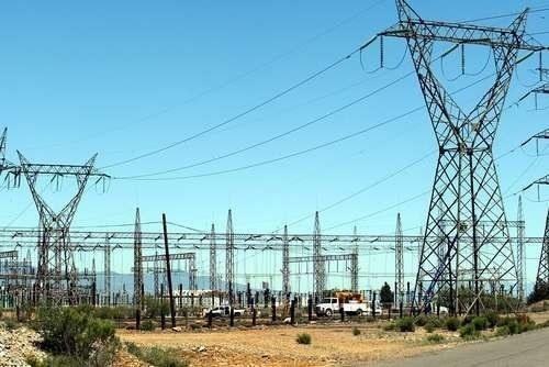 Juez suspende temporalmente reforma eléctrica de AMLO