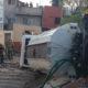 Cae pipa de agua a un callejón de la CDMX