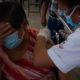 Inicia vacunación contra Covid-19 en 18 municipios más del Edomex