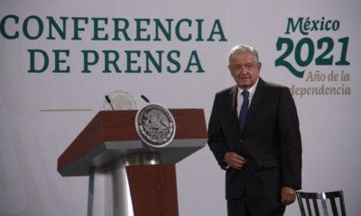 """""""Golpe a la democracia"""", cancelación de candidaturas a Morena: AMLO"""