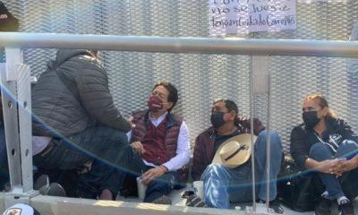 Salgado Macedonio y Mario Delgado protestan frente al Tribunal Electoral