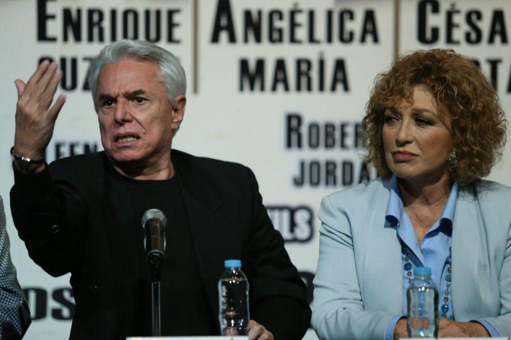 Enrique Guzmán y Angélica maría