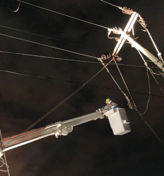 """Restablecen suministro eléctrico tras incendio de complejo """"Pajaritos"""""""