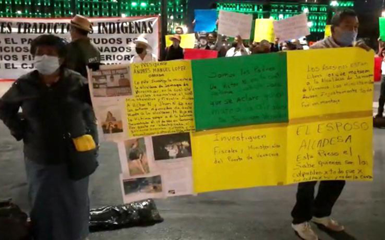 Inicia semana con manifestaciones afuera de Palacio Nacional