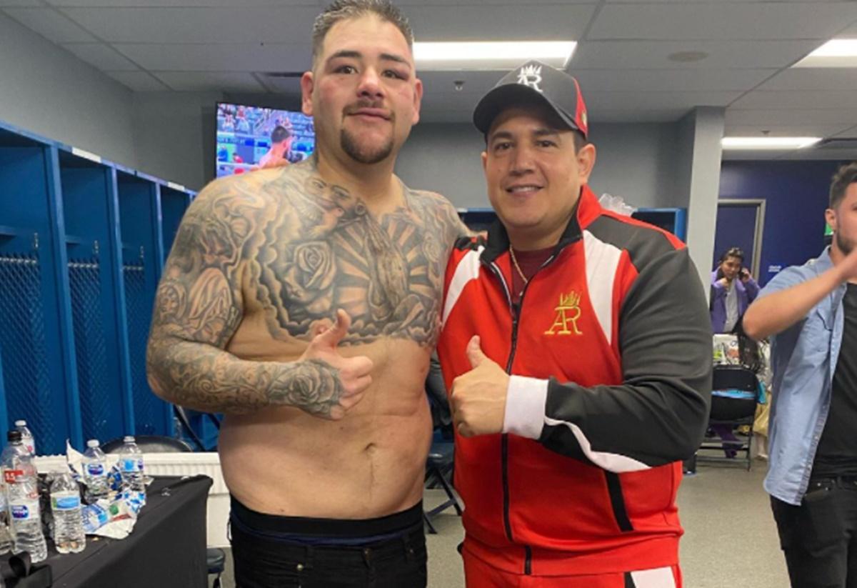 Andy Ruiz trabaja con Eddy Reynoso. Foto: Twitter