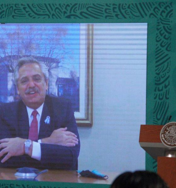 México y Argentina celebran distribución de vacunas AstraZeneca