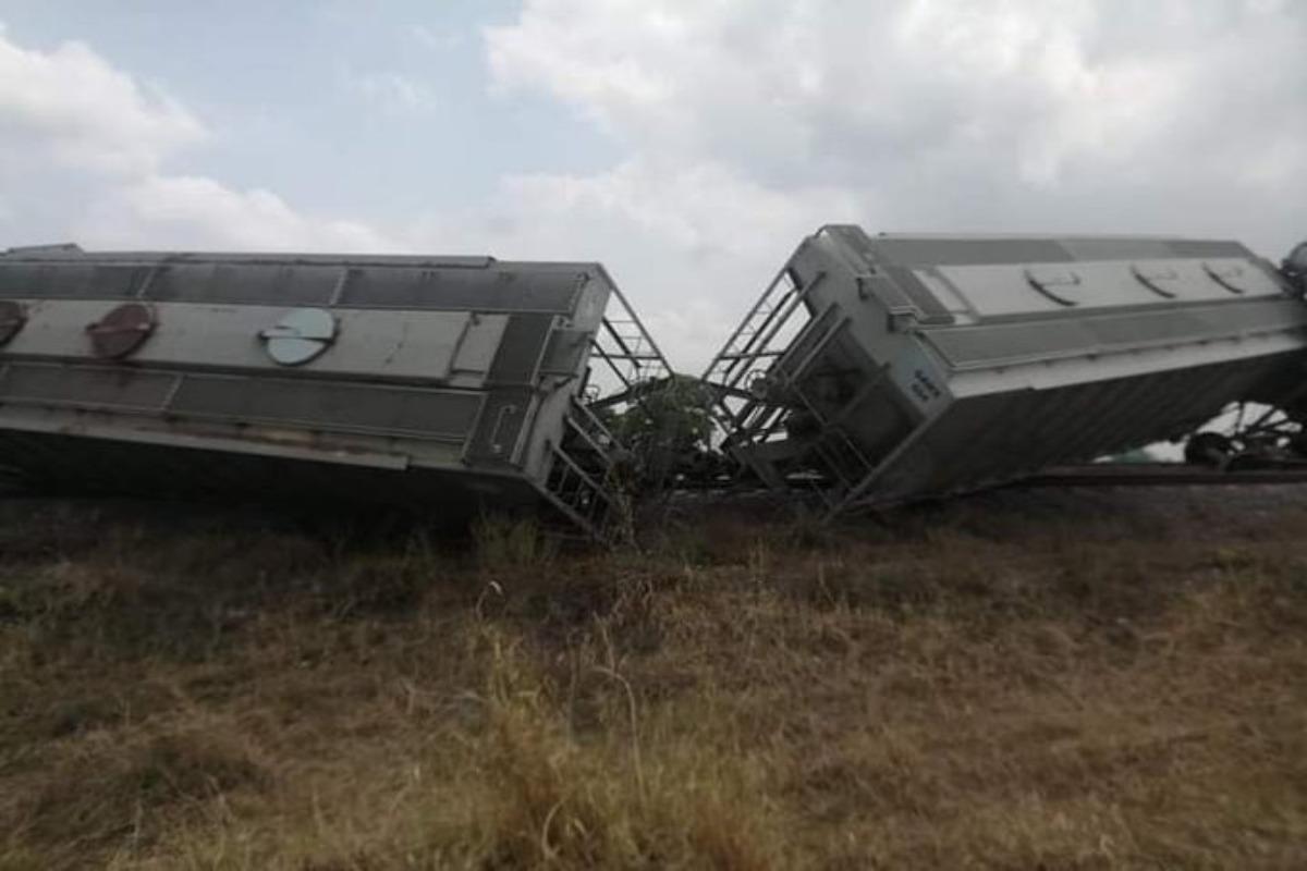 Descarrila tren de carga en Veracruz; no hay lesionados