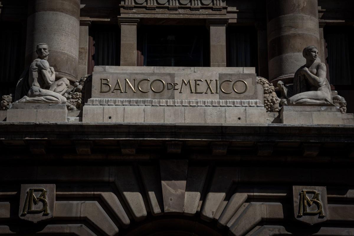 Banxico mantiene sin cambios tasa de interés en 4.0 por ciento