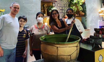 López-Gatell en un restaurante de Oaxaca. Foto: Las 15 Letras