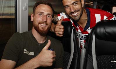 Luis Suárez arremete contra Koeman. Foto: Twitter Atlético de Madrid