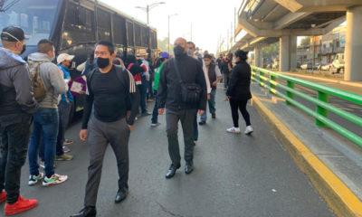 Cientos de personas buscan transporte por cierre de Línea 12 del Metro