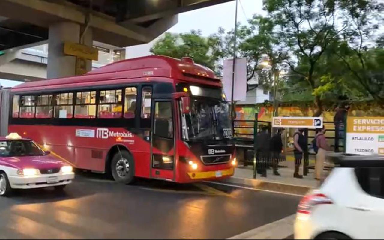 Inicia servicio exprés de Metrobús en Tláhuac