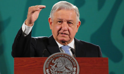 Minimiza López Obrador posible degradación a la aviación nacional