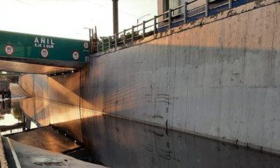 Lluvias inundan Viaducto en la Ciudad de México