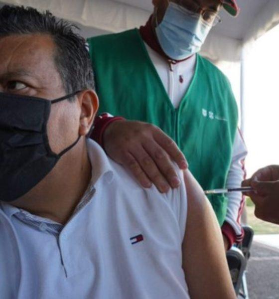 Anuncia Sheinbaum vacunación de personal educativo en la CDMX