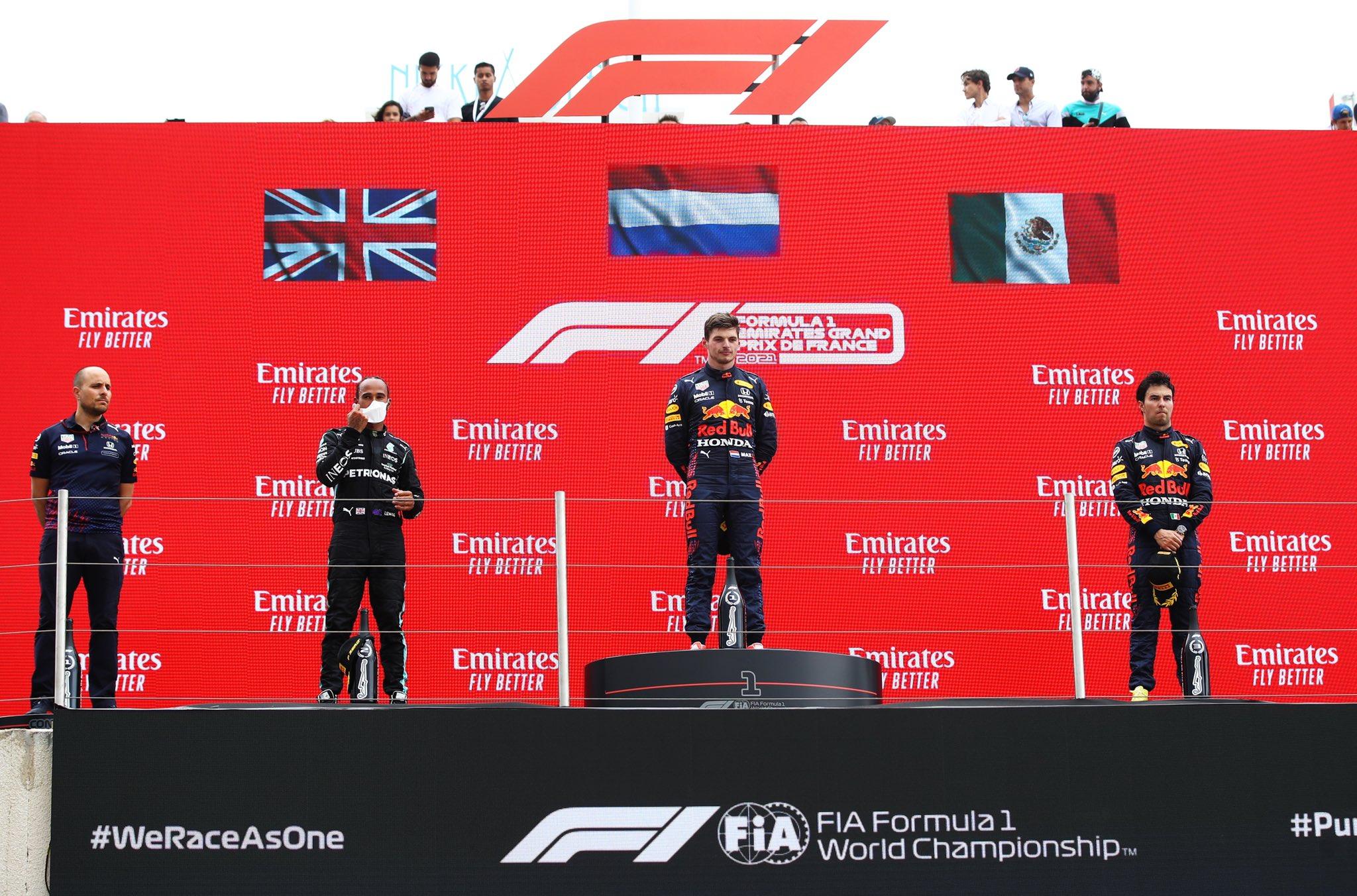 Checo Pérez otra vez al podio. Foto: Twitter