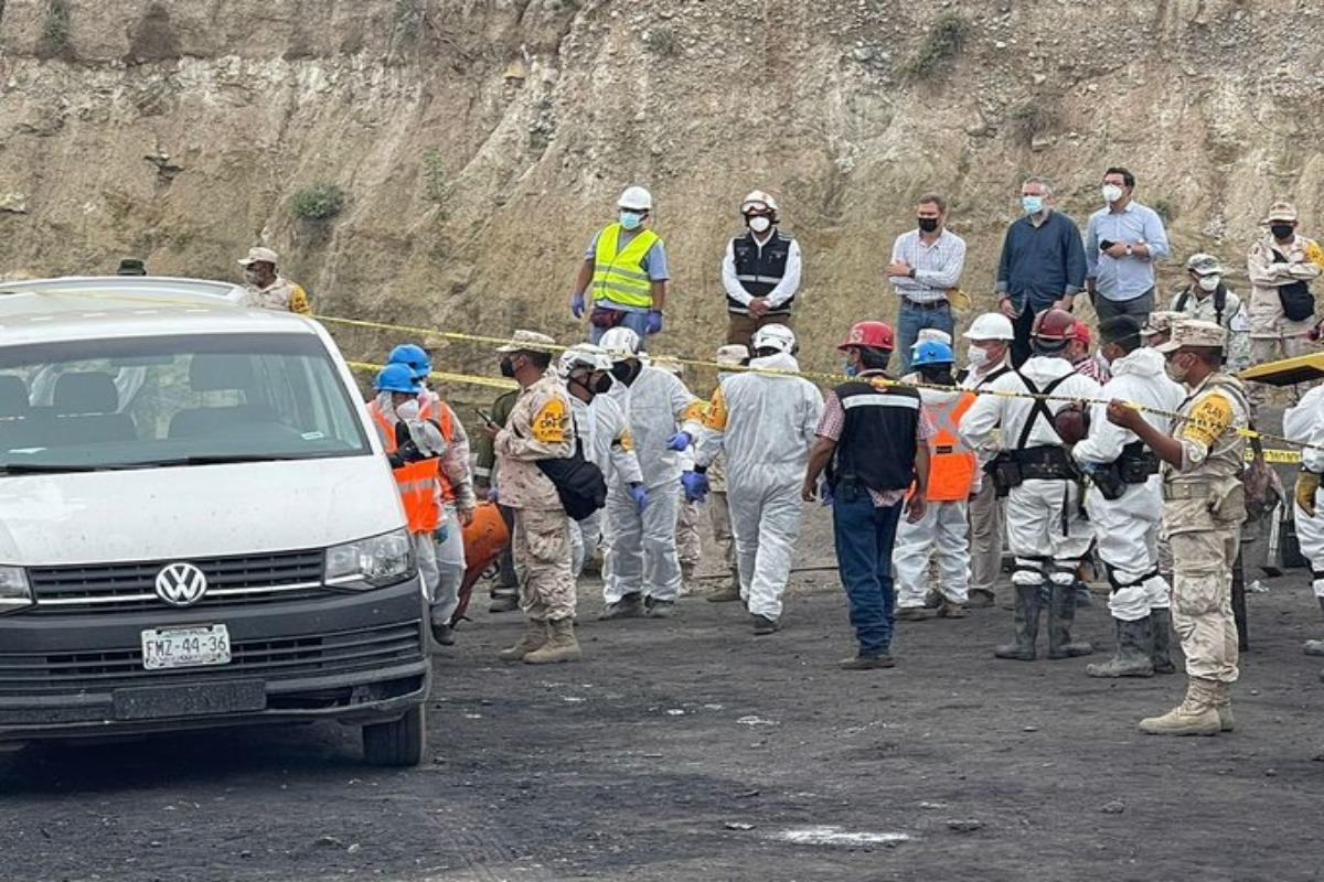 Rescatan quinto cuerpo atrapado en mina de Múzquiz, en Coahuila