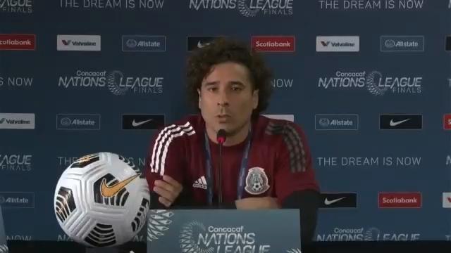 Pide Ochoa acabar con el grito homofóbico. Foto: Concacaf