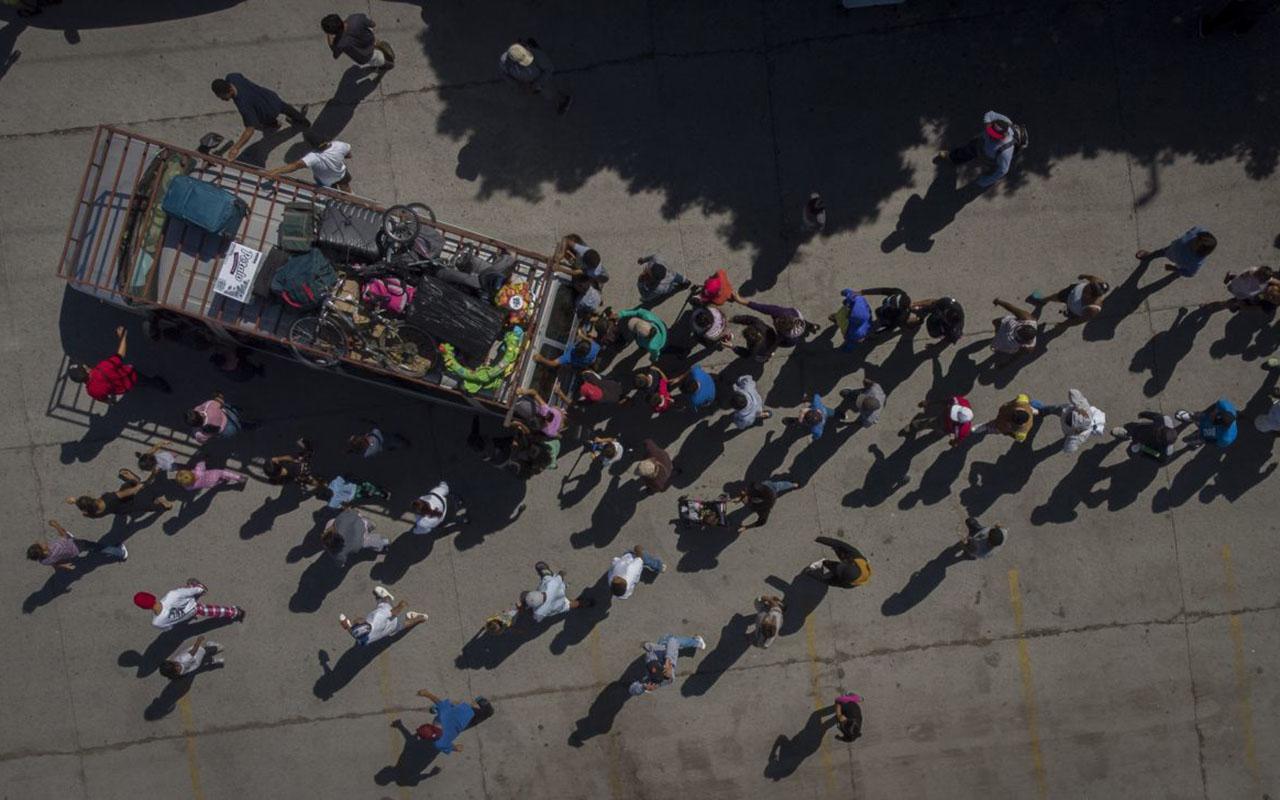 Avala Corte de EU detención de migrantes amenazados de tortura