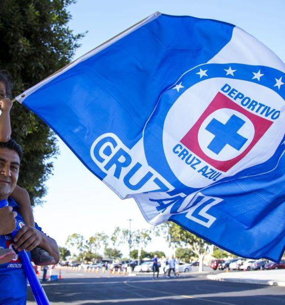 Rechazan venta de Cruz Azul. Foto: Twitter