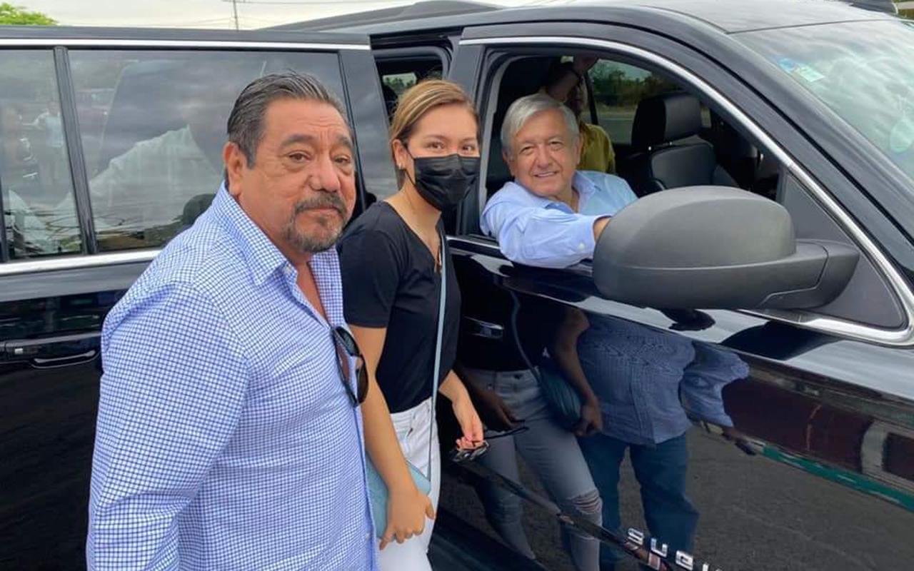 """""""Saludé al mejor presidente del mundo"""": Félix Salgado"""