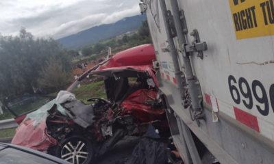 Accidente en Circuito Exterior Mexiquense deja 2 muertos