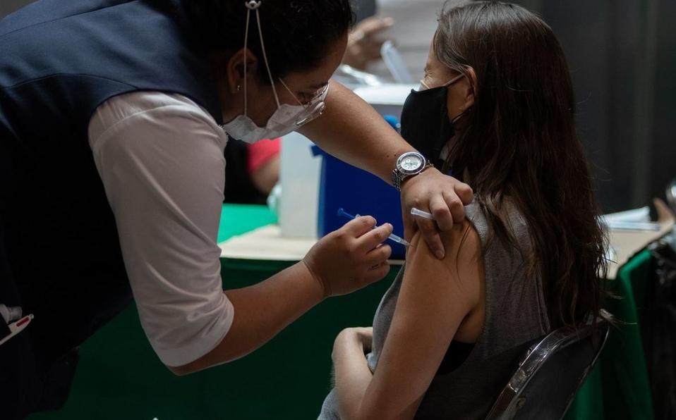 Vacunación contra Covid en Iztapalapa. Foto: Twitter