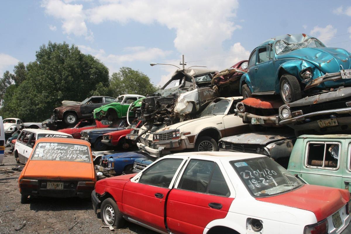 "Anuncian ""chatarrización"" de vehículos abandonados en depósitos"