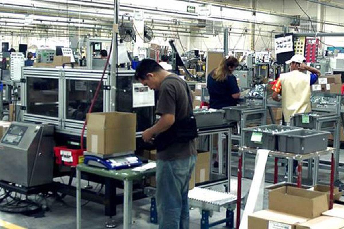 Desempleo en México baja a 4 % en mayo: INEGI