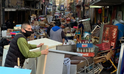 Desalojan a familias comerciantes en la CDMX