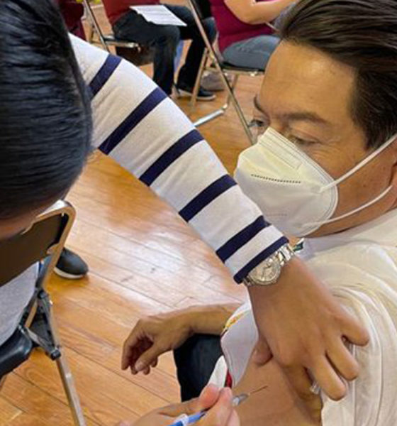 Multan a Morena por atribuirse vacunación contra Covid-19