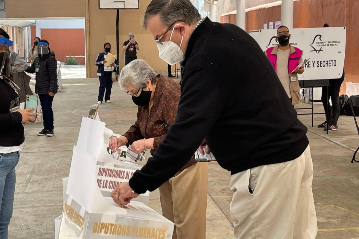 Agradece Ebrard trabajo de funcionarios y voto de los ciudadanos