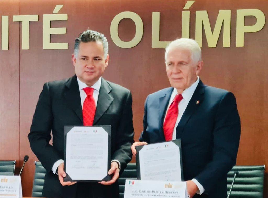 COM y UIF firman convenio. Foto: especial