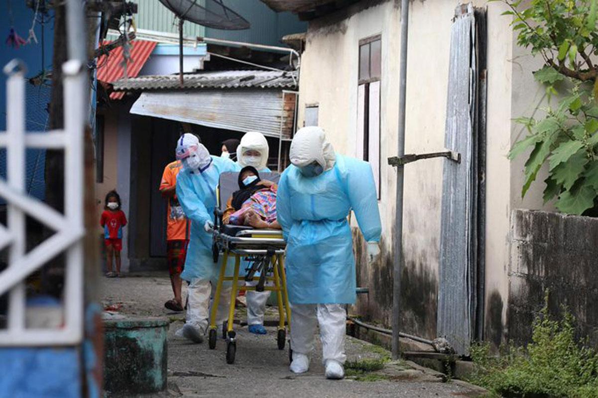 Por falta de compromiso político no se pudo acabar con la pandemia: OMS