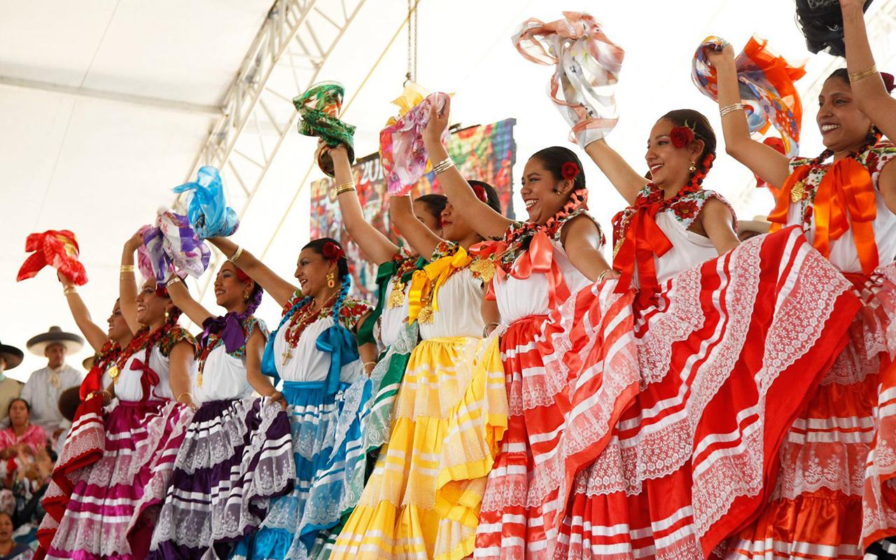 Oaxaca regresa a semáforo amarillo ¿y la Guelaguetza?
