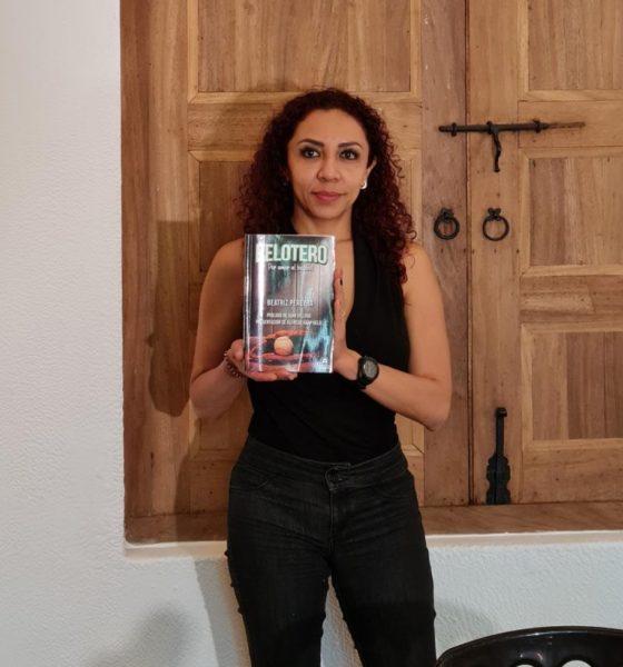 Presentan Libro. Foto: Especial