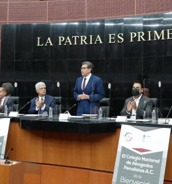 "Se ""destapa"" Monreal para la presidencia; espera seguir en Morena"