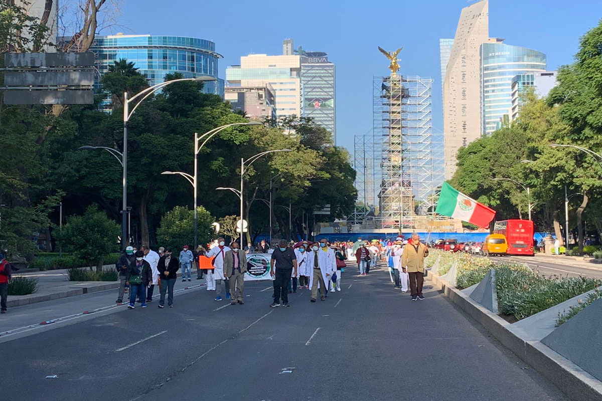 Otra vez protestan jubilados y pensionados del IMSS