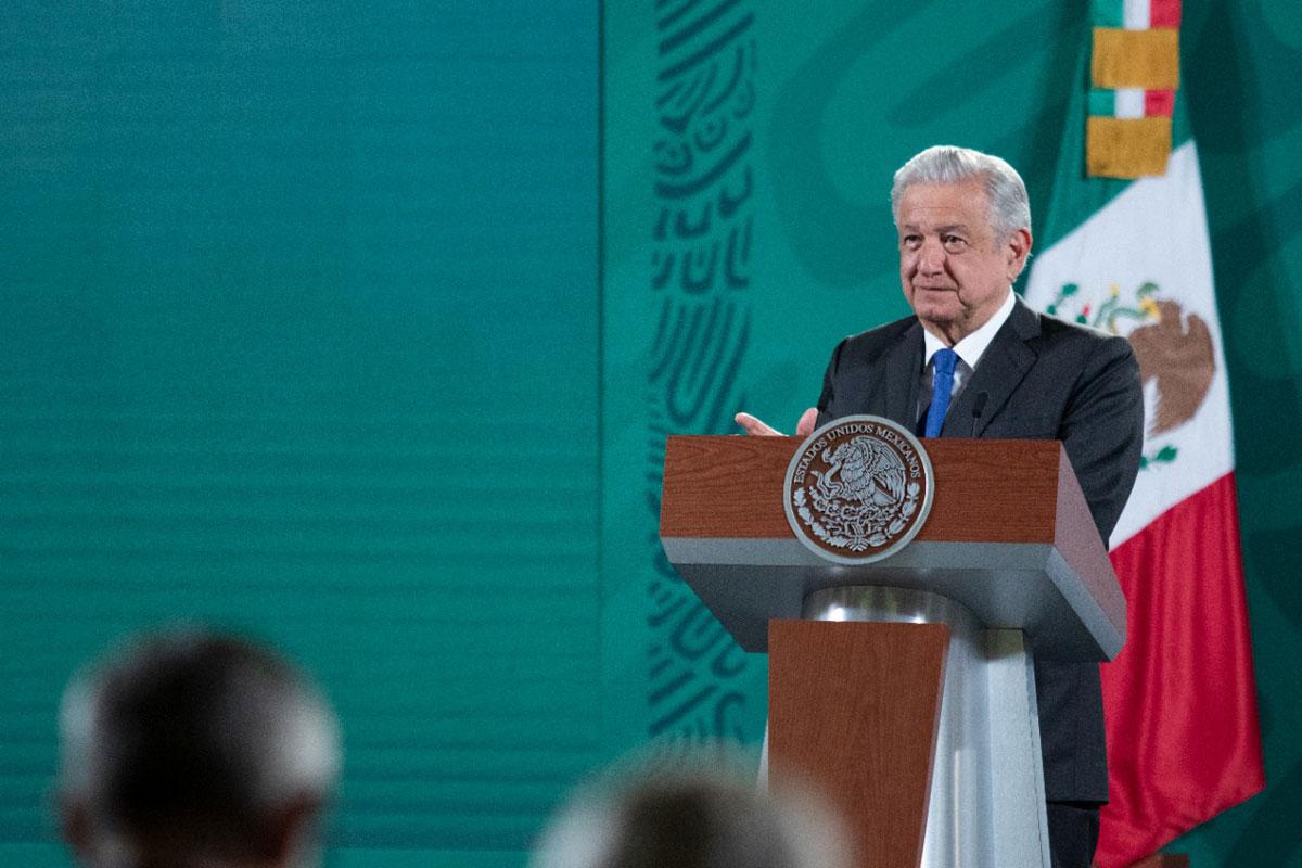 Llama AMLO a fortalecer valores porque son la grandeza de México