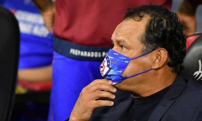 Juan Reynoso, técnico de Cruz Azul. Foto: Cuartoscuro