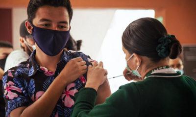 Anuncian vacuna para jóvenes de 18 a 29 años en Neza
