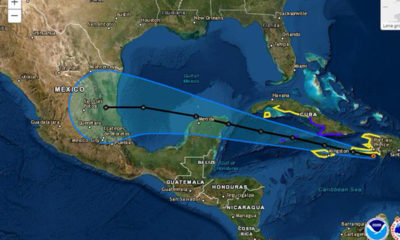 """Huracán """"Grace"""" toca tierra en Quintana Roo; gobernador pide calma"""