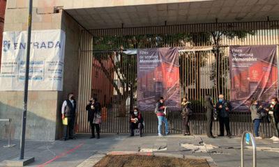 Servidores públicos vacunados regresan a las oficinas en CDMX