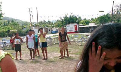 Evalúan daños y encuentran escuelas con piso de tierra