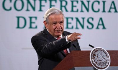 Insiste Obrador en renovación total de integrantes de órganos electorales