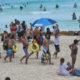 Antes de tercera ola de Covid, turismo en México mostró una mejoría