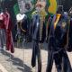 Por pandemia, vendedores reciclan uniformes escolares
